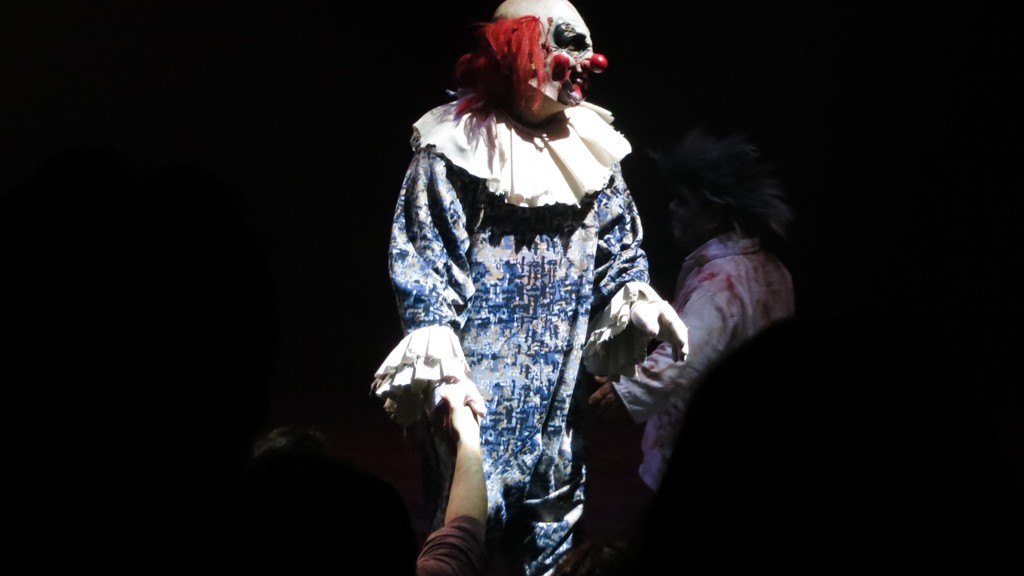CLOWN MAN FINDS YOU AT THE CIRCUS OF HORRORS IN SPOLTORE