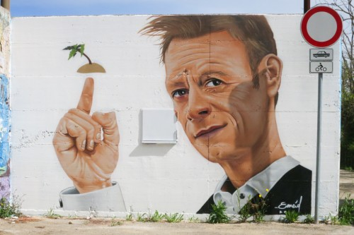 Ortona celebrates his hero: Rocco Siffredi