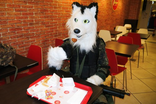 Met Rei Angle of Legio Feralis at a fast food, the best watchdog