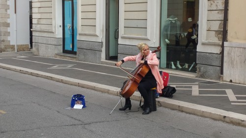 Classic music on the street