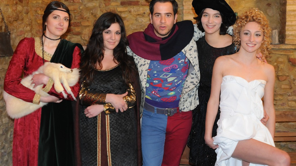 "LUCA ROMAGNOLI WITH ""Lady with an Ermine"", ""Mona Lisa"", ""Jeanne Hebuterne"" AND ""Venere"" FOR AUFF!! VIDEO CLIP PART #2"