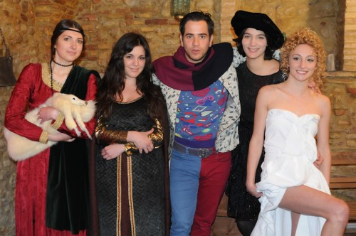 "LUCA ROMAGNOLI WITH ""Lady with an Ermine"", ""Mona Lisa"", ""Jeanne Hebuterne"" AND ""Venus"" FOR AUFF!! VIDEO CLIP PART #2"