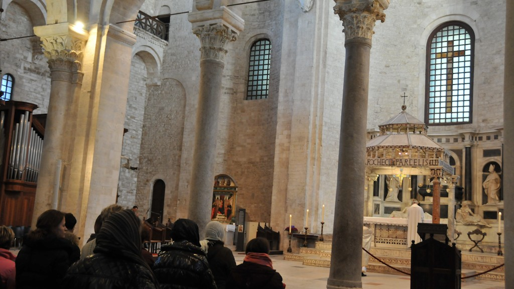 Believers during the liturgical celebration #2