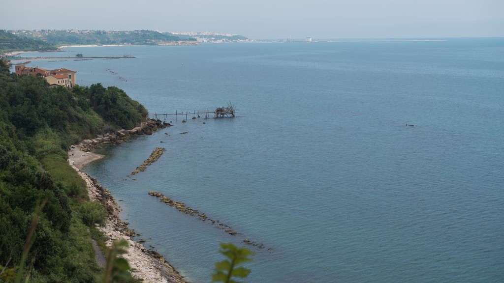TRABOCCO TURCHINO VIEWED FROM THE PROMONTORIO DANNUNZIANO