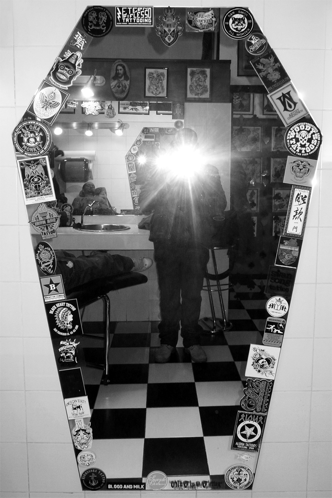 Nice dead mirror at Old Tip Tattoo studio
