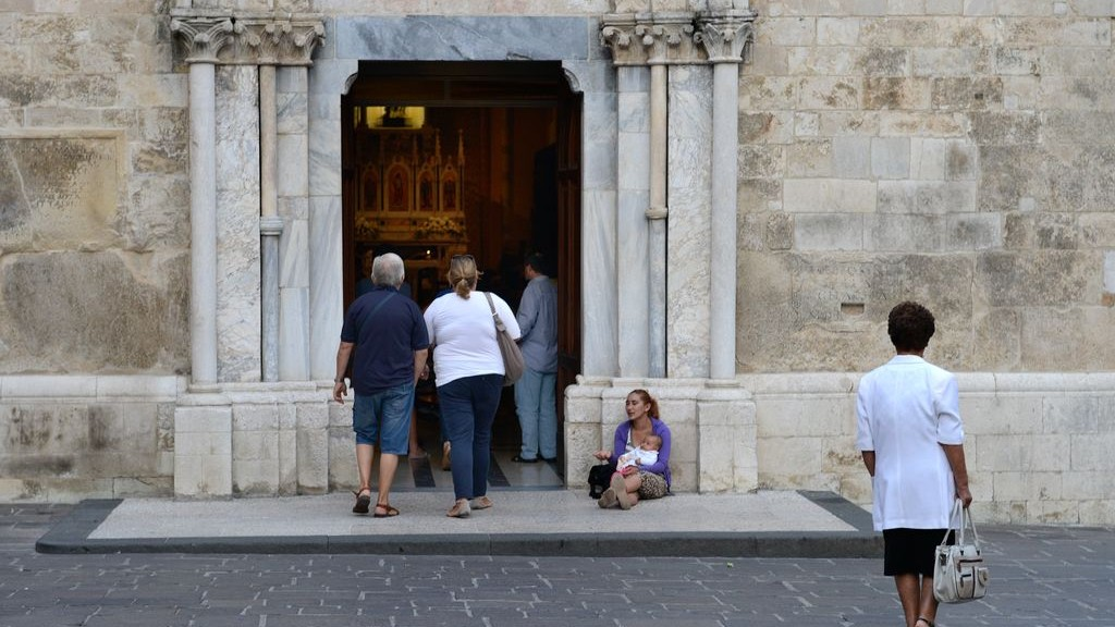 FAITH, HOPE AND CHARITY IN VASTO