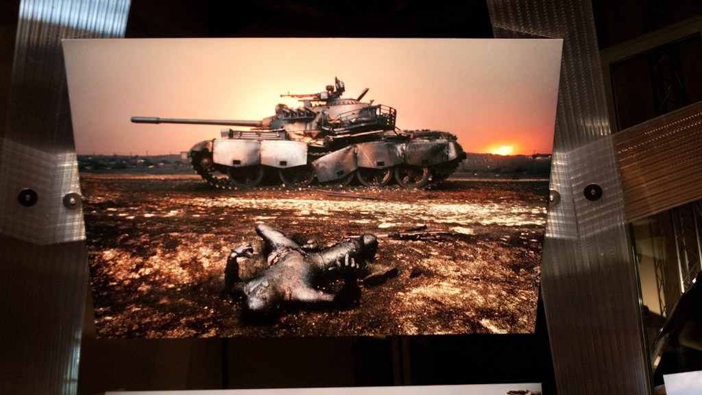 Steve McCurry and the war in Rome