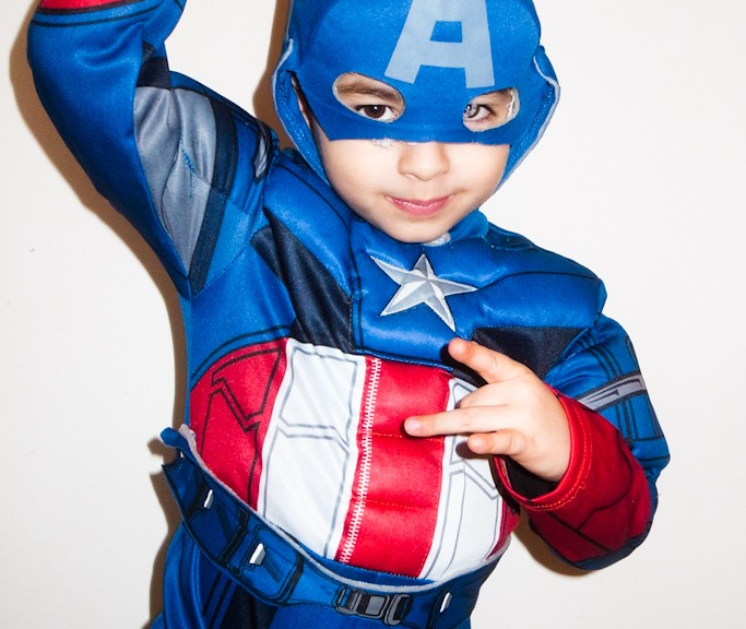 RICCARDO AS CAPTAIN AMERICA