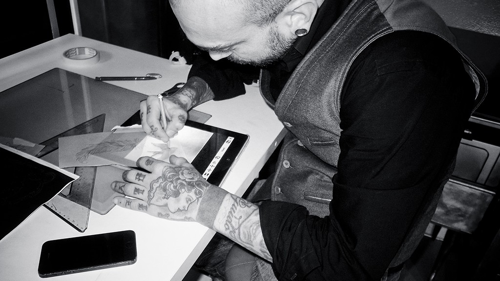 MARCO BIONDI AND THE TABLET